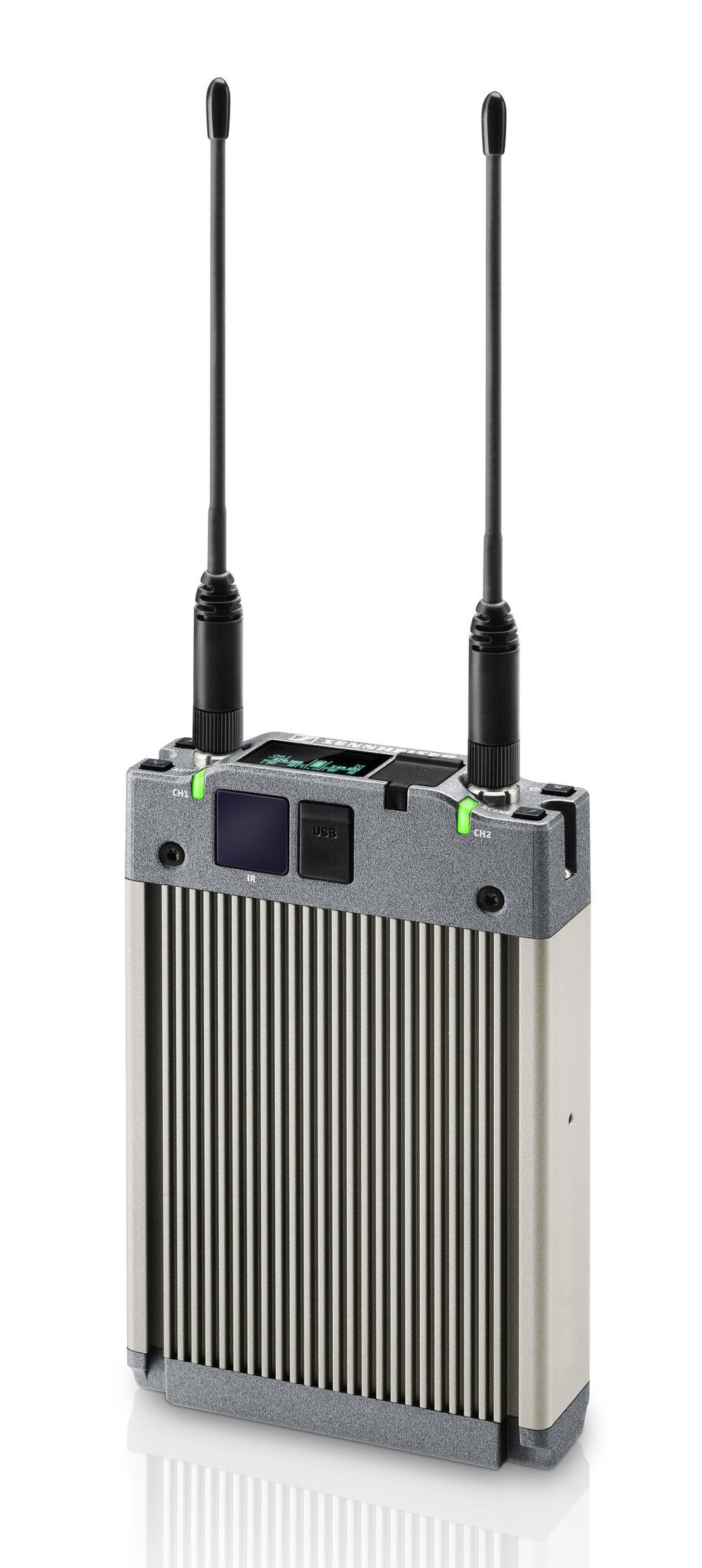 EK 6042 är en gedigen pjäs som är kompatibel med de digitala systemen SK 6000 och SK 9000, samt de analoga systemen SK 100, SK 300, SK 2000, SK 3000 och SK 5000.