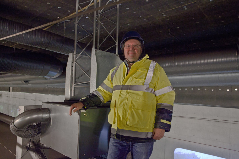 – På grund av det aggressiva tågdammet måste apparaturen vara hermetiskt tillsluten, konstaterar Per Andersson.