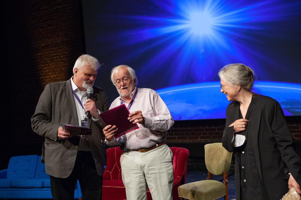 Ellen Ruge – mottagare av SLF-priset 2017 – fick stort beröm av Anders Larsson och Richard Pilbrow.