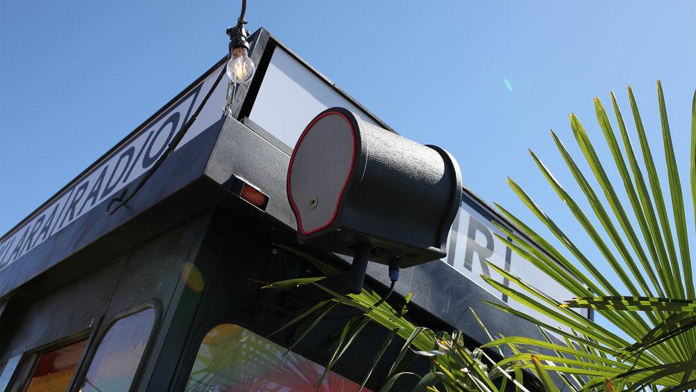 REPORTAGE: Dot Audio utrustar glödhet takterrass (Ljudinstallation)