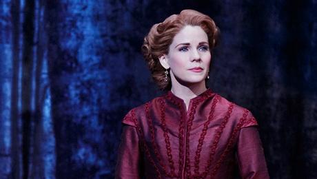 Kelly O'Hara as Anne Leonowens