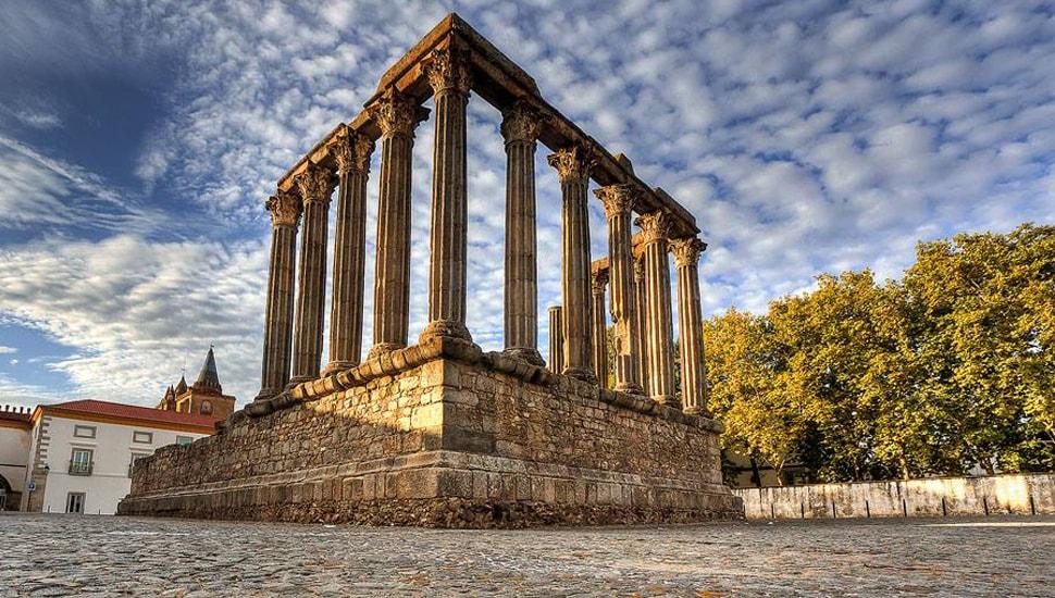tours-evora_IG Scholar_Portugal_Alentejo.jpg