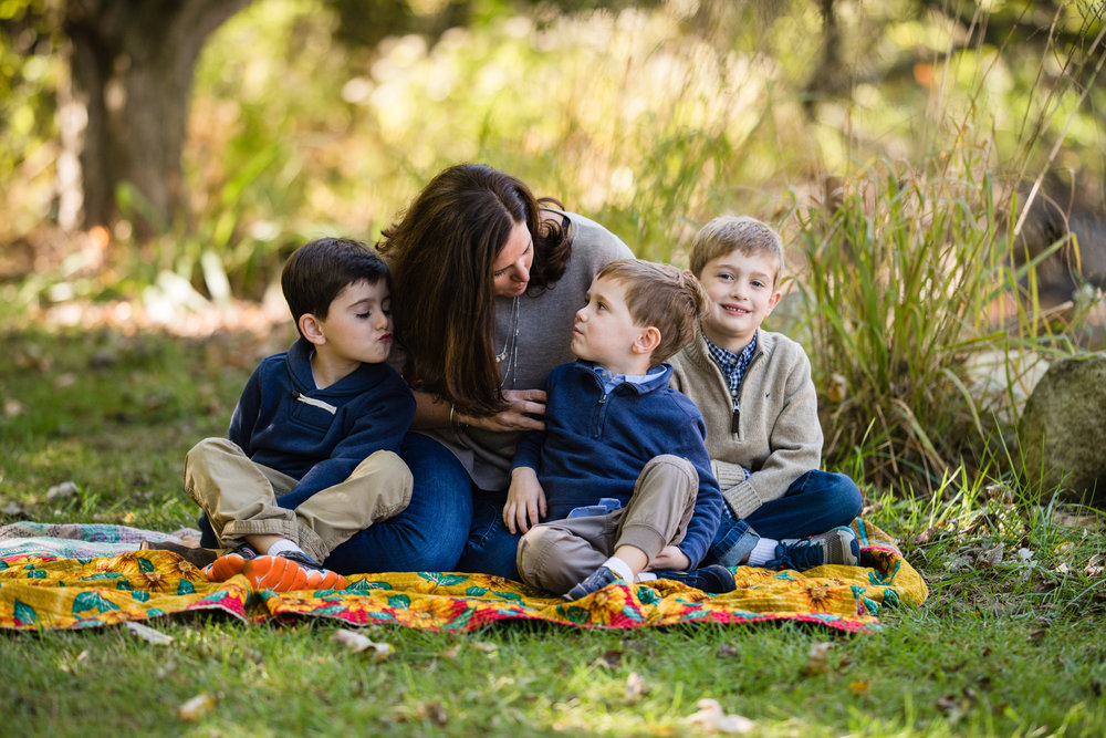 blue bell pa family photographer lifestyle