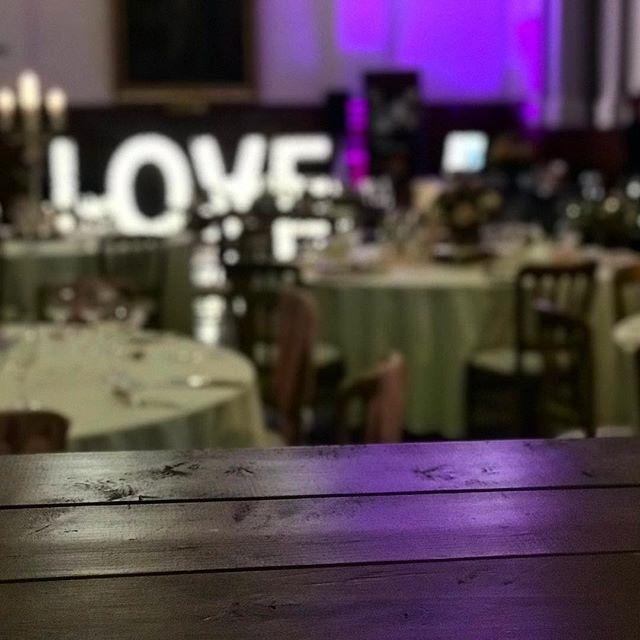 Loved being at @countyhallwed wedding fair, showing off our lovely scaffolding plank bar to some fantastic couples! . . . . . . #wedding #weddinginspiration #eventplanner #londonwedding #surreywedding #eventbar #weddingplanning