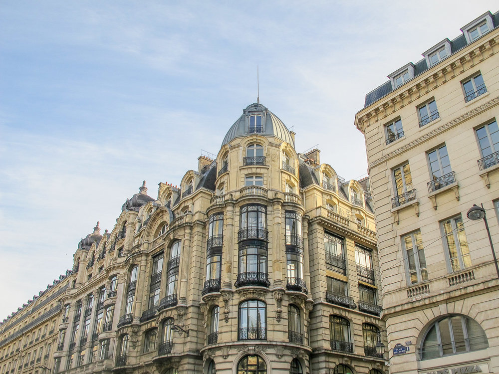 Paris-Building1-1.jpg