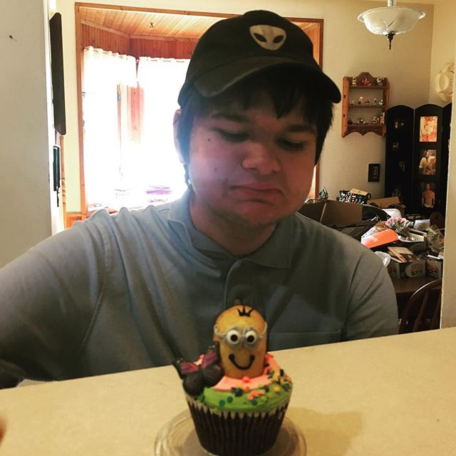 #minions #Twinkie #cupcake #toocutetoeat #nomnom #ChristianGerald