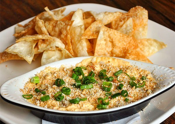 """An Asian tradition with a Cajun twist."" - One of Half Shell Oyster House's March Specials is their Cajun Crawfish Rangoon Dip. And at only $11... well, I mean... just look at it! 😍😍😍 - Be sure to check PLATE as we add the rest of their specials this afternoon, including a Salmon dish and a Drink Special! - - - - - - - - - - - - - #PLATE #FeelTheDeals #WhatsYourDeal #MarchSpecials #AddingMoreDaily #Lafayette #UL #RaginCajuns #foodfoodandmorefood #drinkstoo #geauxeat 📸: Half Shell Oyster House - Lafayette"