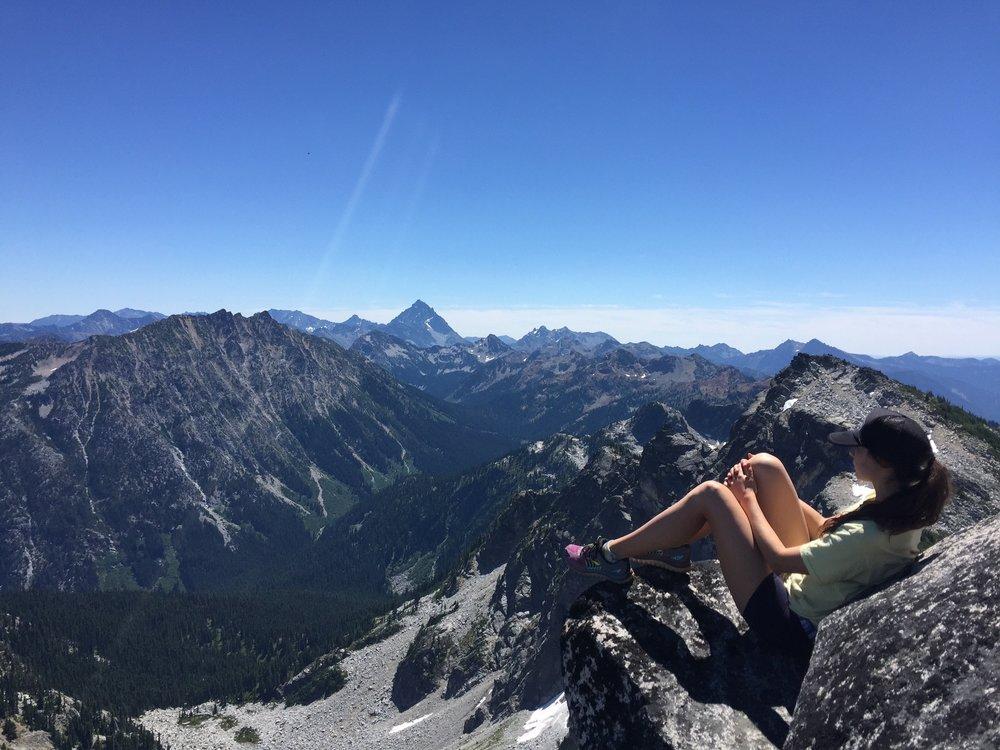 Hiking to the top of Granite Mountain,WA
