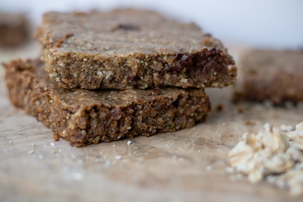 tahini-hemp-bars-carvitto6-min.jpg