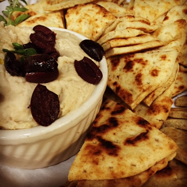 Hummus and toasted pita