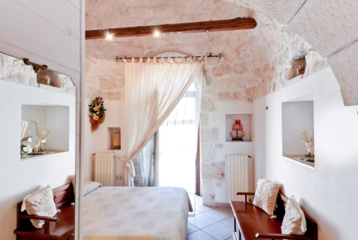 Trullo, Italy Airbnb Homes