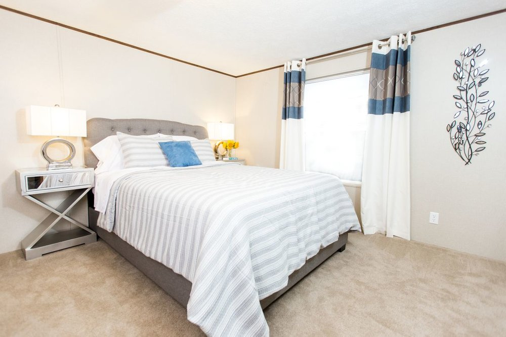 Manufactured-GLORY-47TRU14763BH-Master-Bedroom-20180516-0916018144068.jpg