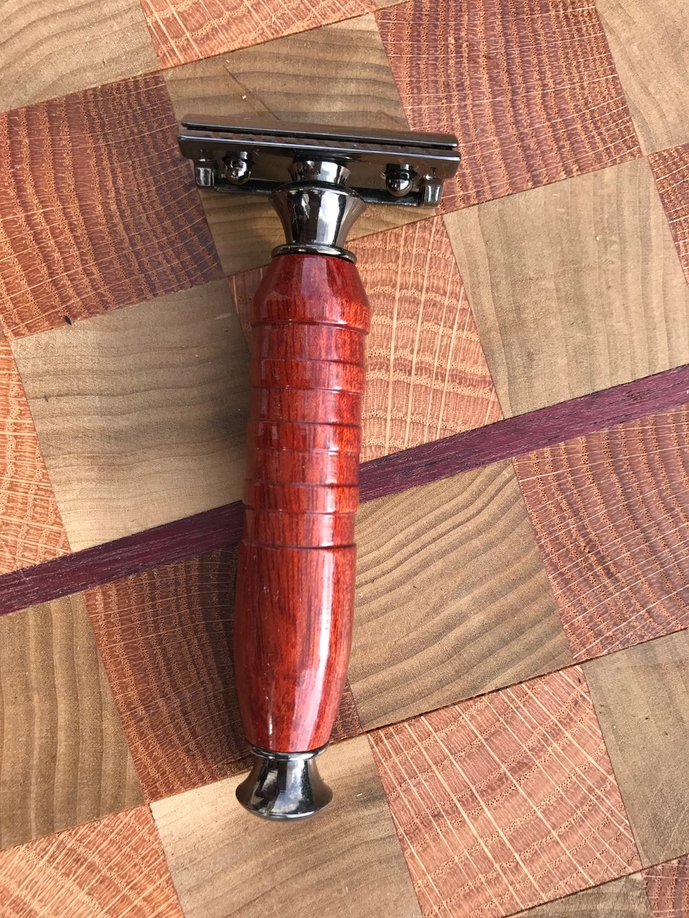 Bloodwood Razor in Gunmetal