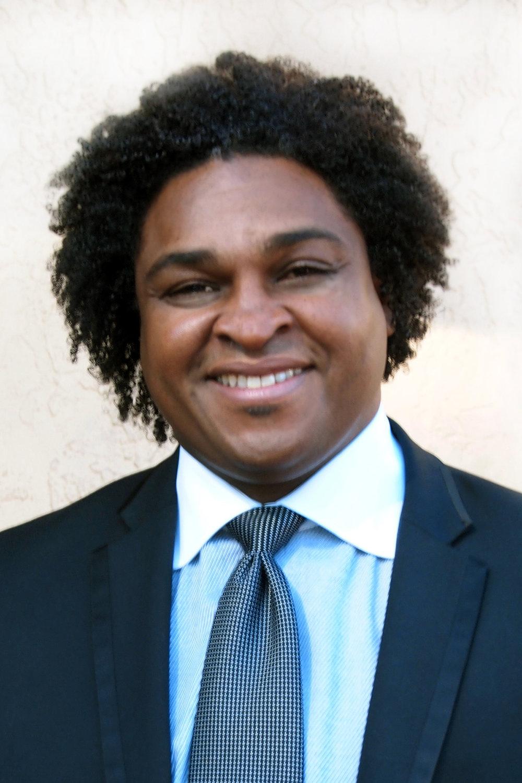 Pastor Dexter Sanders