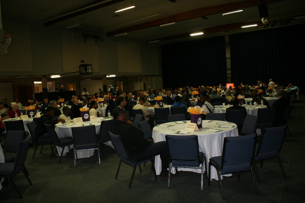 Table Full Room (19).JPG