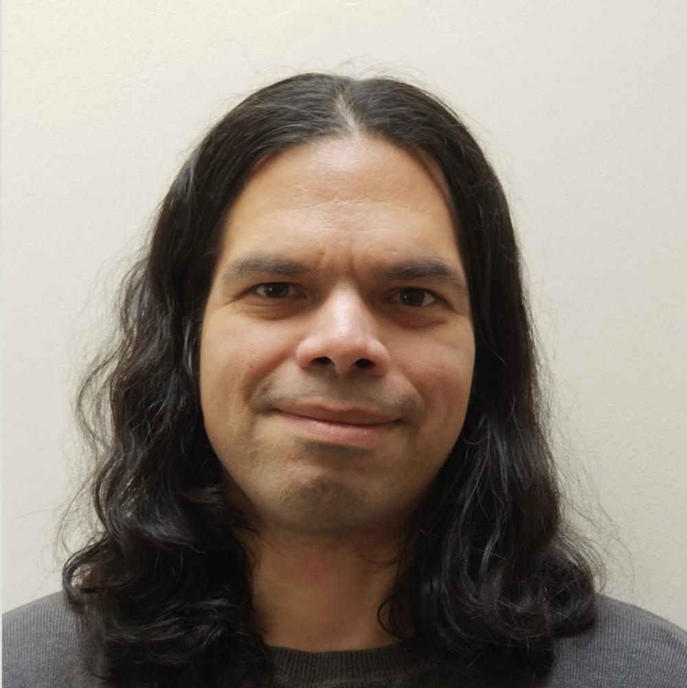 Roberto Burgos   Software Engineer