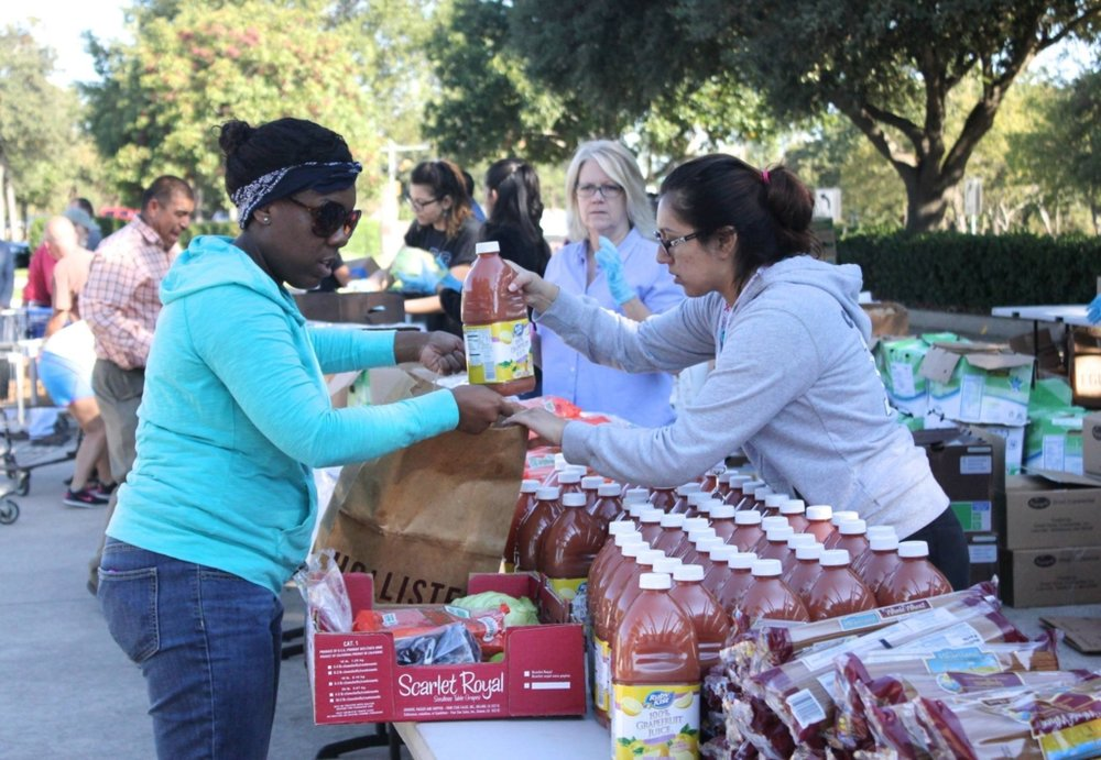 Denton Mobile Pantry Volunteers
