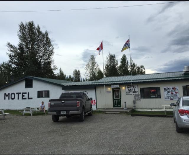 Coal River Lodge.jpg