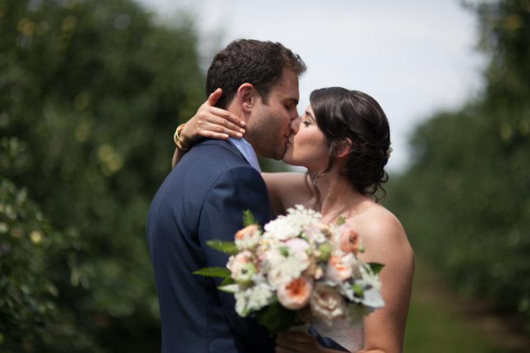 Liberty-view-Farm-Hudson-Valley-Wedding-Photographer-kim-coccagnia-51-768x512.jpg