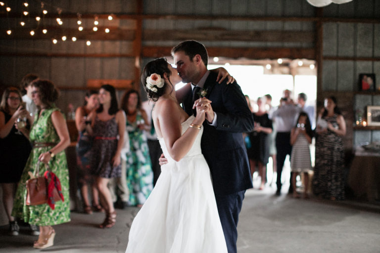 Liberty-view-Farm-Hudson-Valley-Wedding-Photographer-kim-coccagnia-253-768x512.jpg