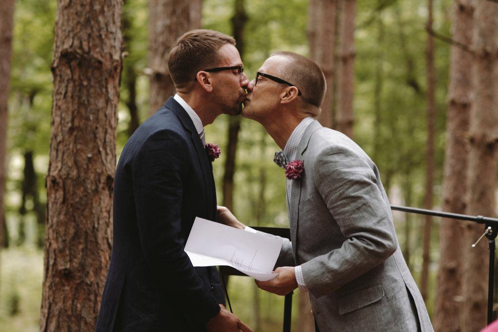 Hudson-Valley-Gay-Weddings-144.JPG