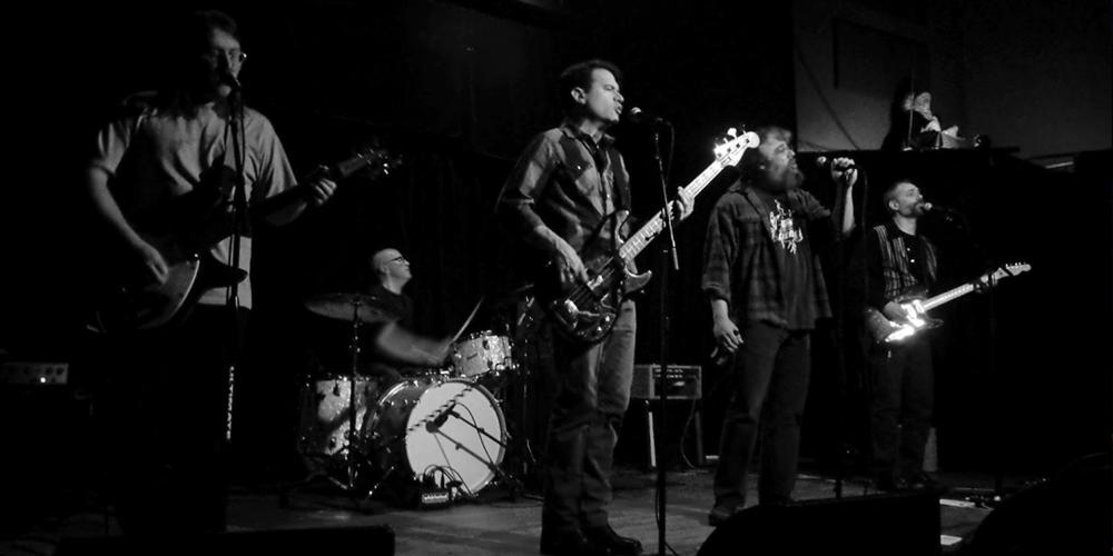 Low Czars members Bob Koch, Larry Braun, James Leaver, Adam Zar, and Peter Fatka. Photo by Michelle Damitz.