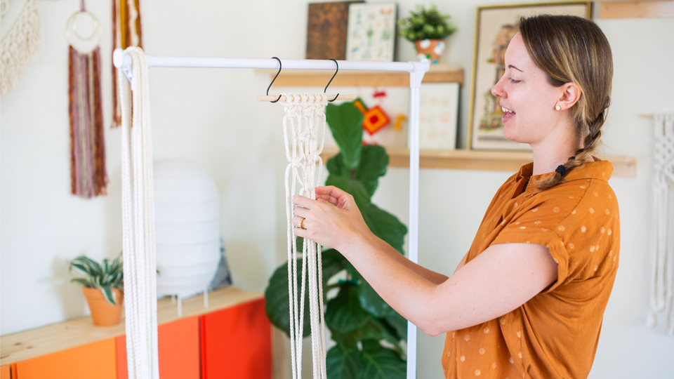 Teaching-Macrame-Header-1-Jill-McNamara.jpg