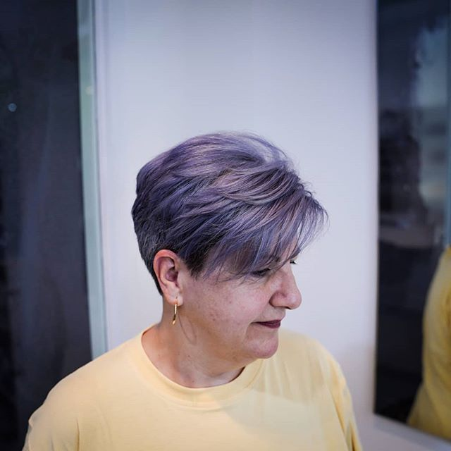 It's always good to spicy up the colour on short hair, and having more fun with it.