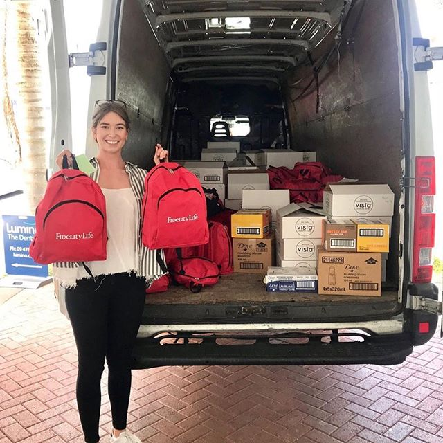 Yay go @jessicasmee! She delivered her @christmasboxnz to the Auckland City Mission in time for Christmas 🎄🎅 I interviewed Jess a few weeks ago, read all about her inspirational work on the site #socialgood #generosity #christmas #christmasboxnz #millennials #inspiration #giving