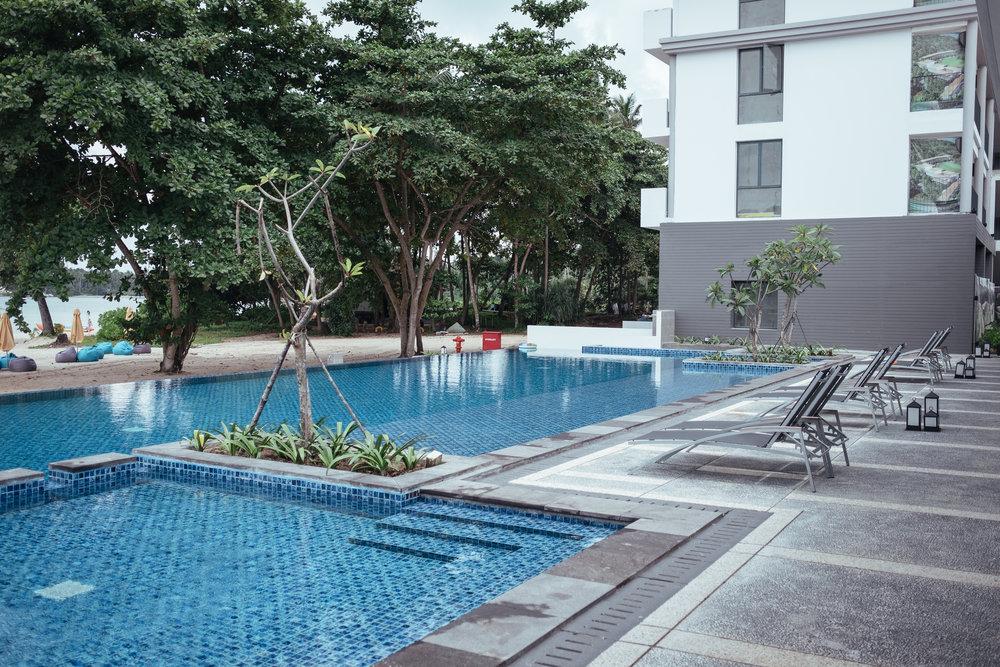 cassia-bintan-pool-3