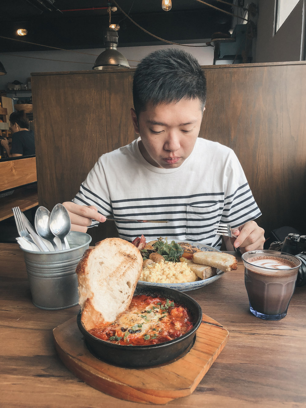 环境舒服,食物好吃,价格合理。将来应该会常来吧! The combination of a comfortable ambience, delicious food and most importantly, reasonable price makes this cafe a must-visit in our opinions. We'll definitely be back.
