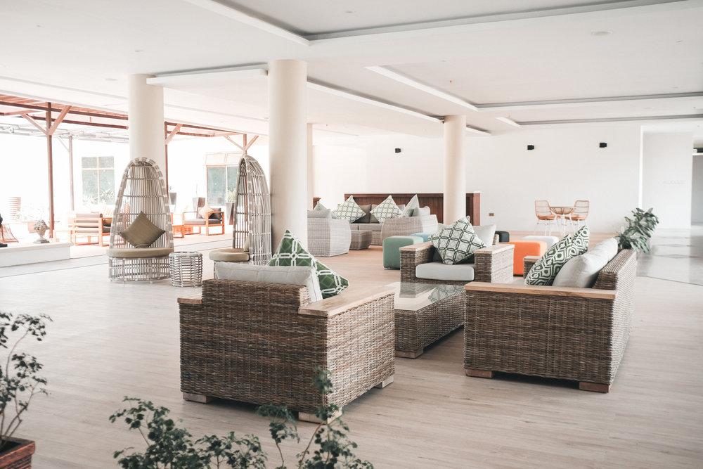 sijori-resort-lobby-1