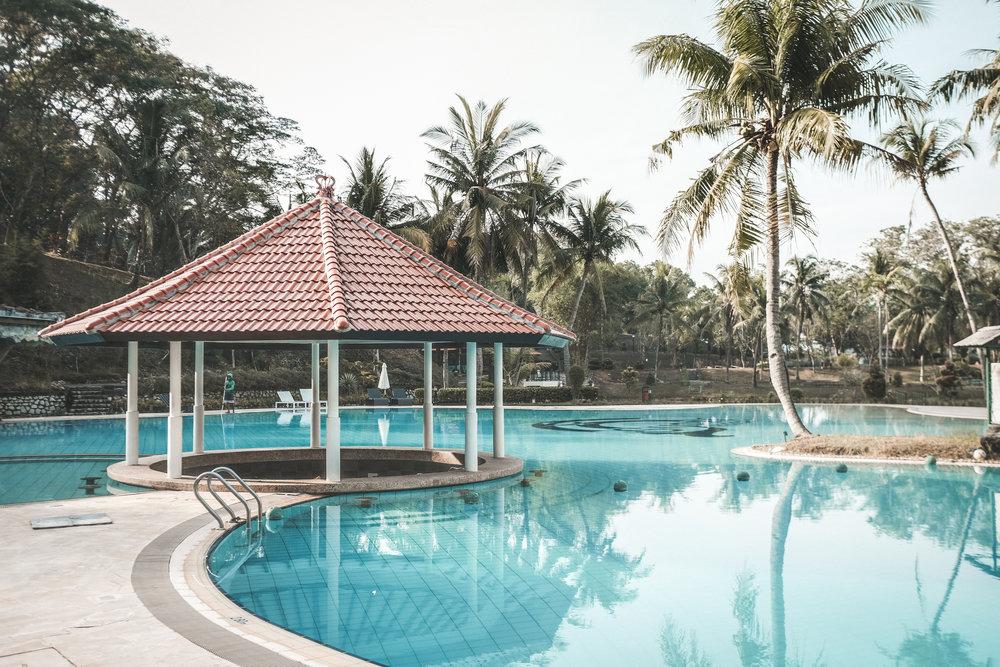 sijori-resort-pool-2