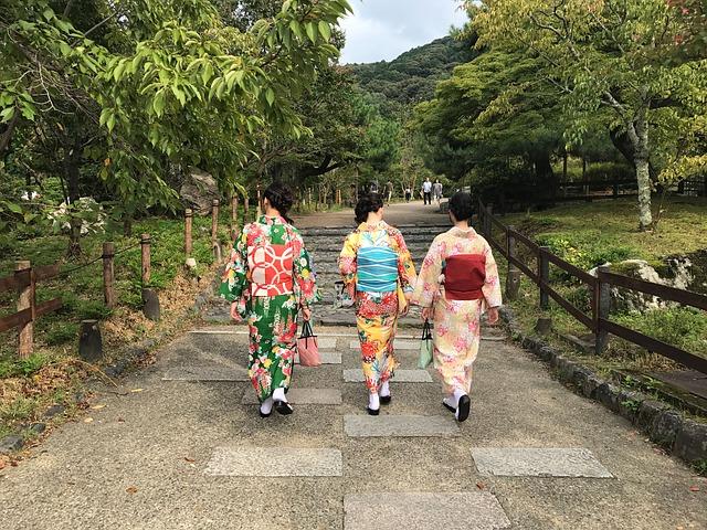 kimono-2833096_640.jpg