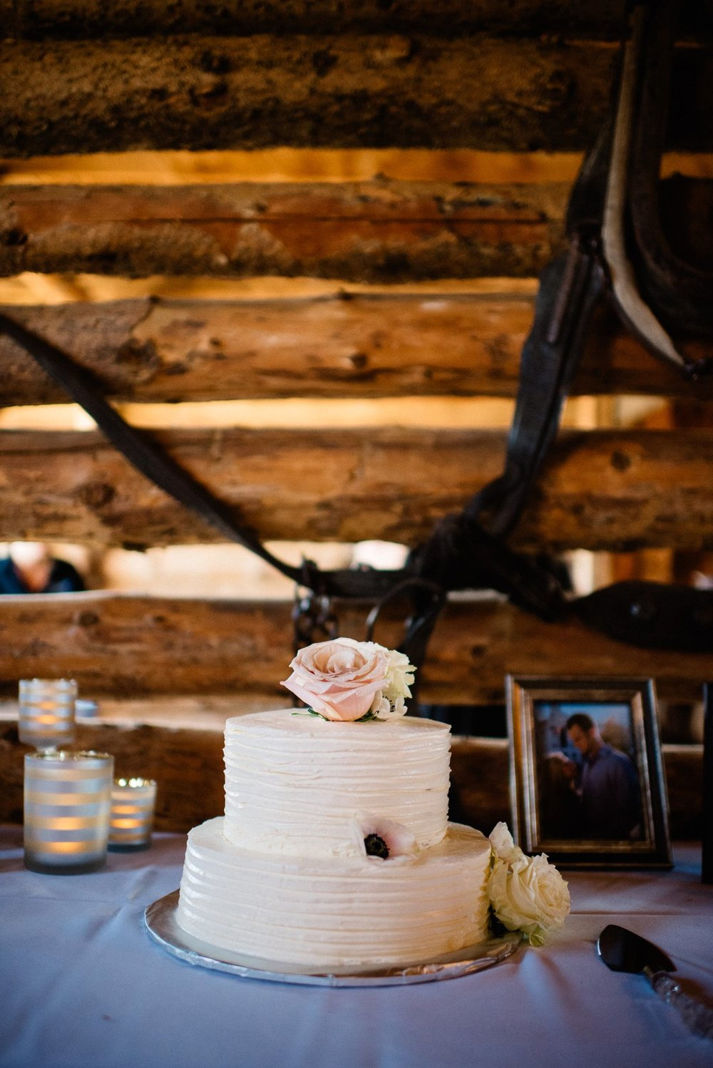 details destination wedding photography at strawberry creek ranch in granby colorado