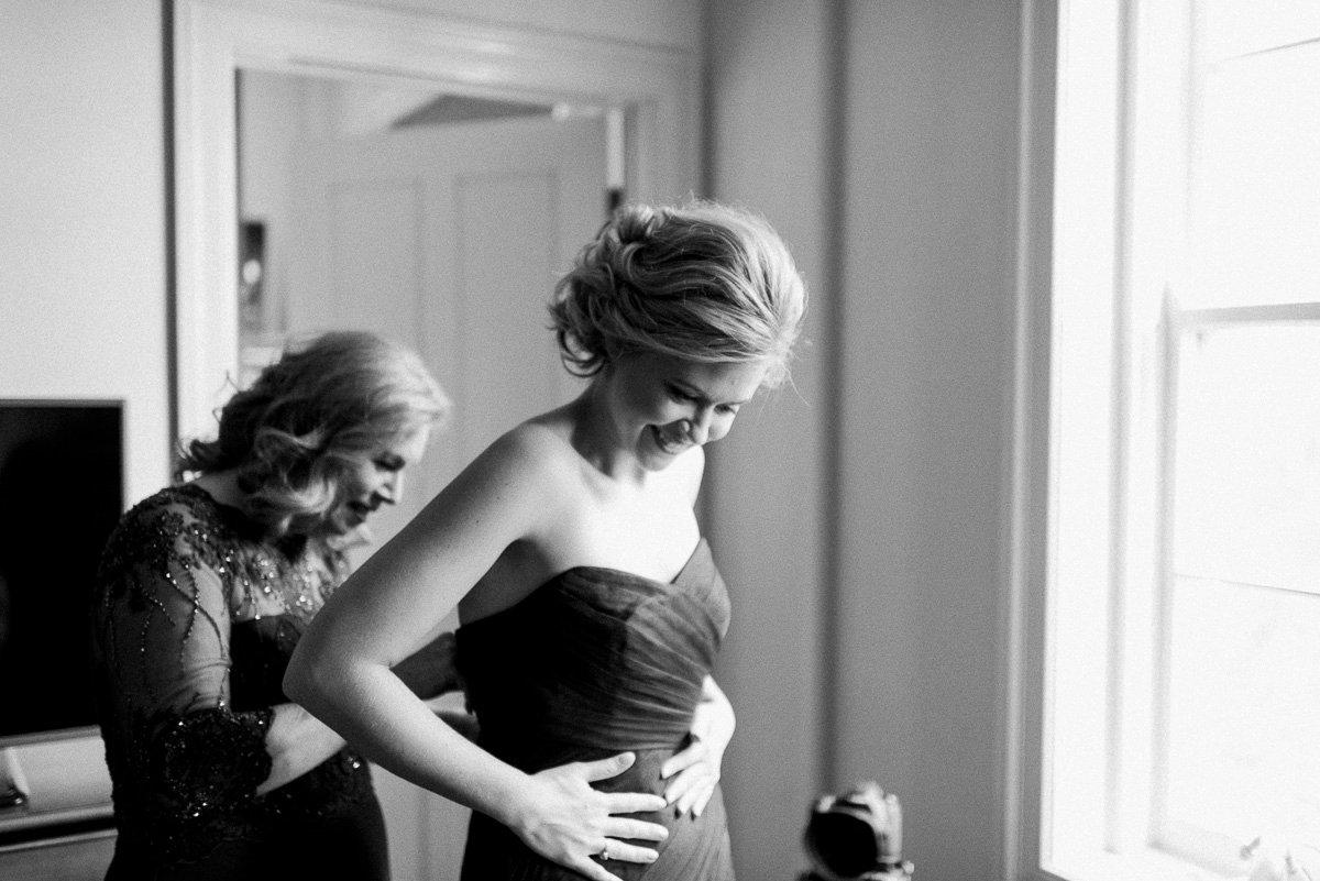 bridal getting ready at white house hotel. biloxi mississippi wedding photography