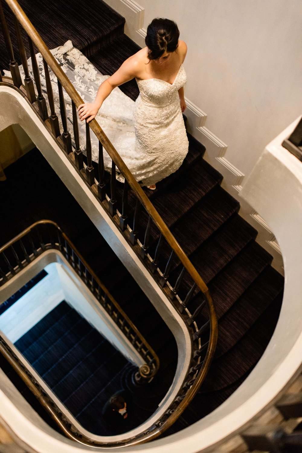 first look at white house hotel. biloxi mississippi wedding photography