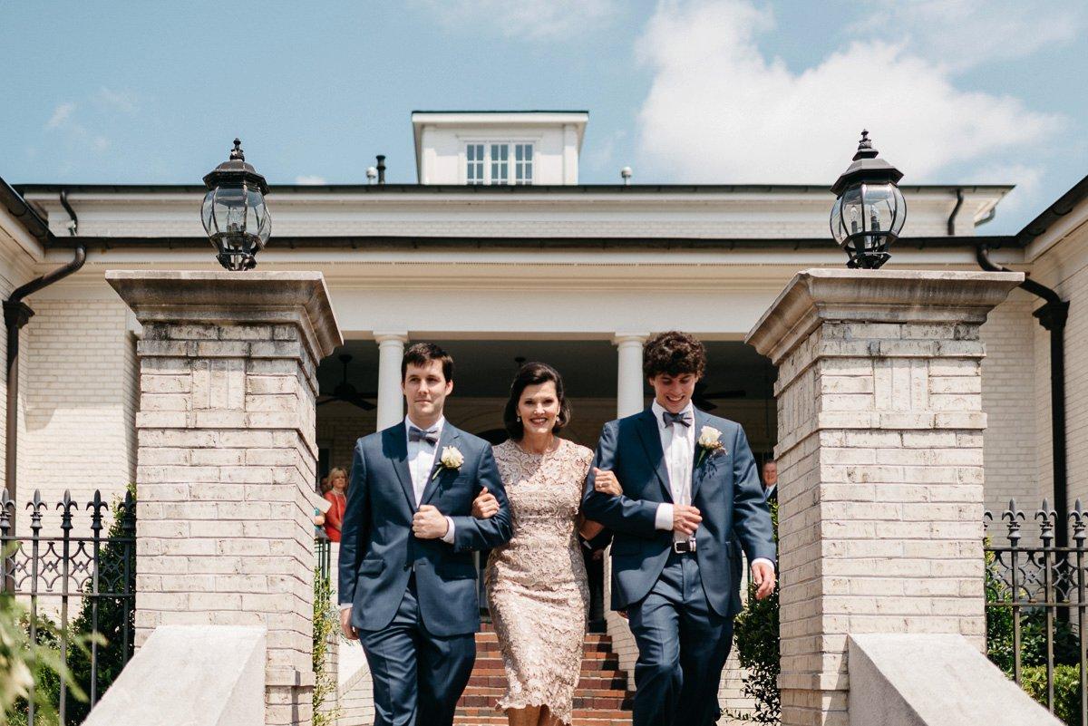 035_colonels_quarters_oxford_mississippi_wedding_photogrpher