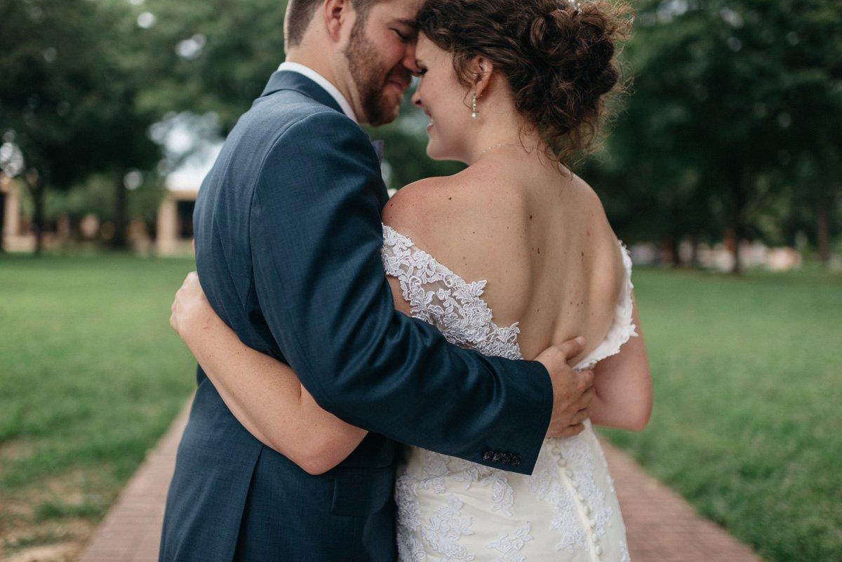 063_colonels_quarters_oxford_mississippi_wedding_photogrpher