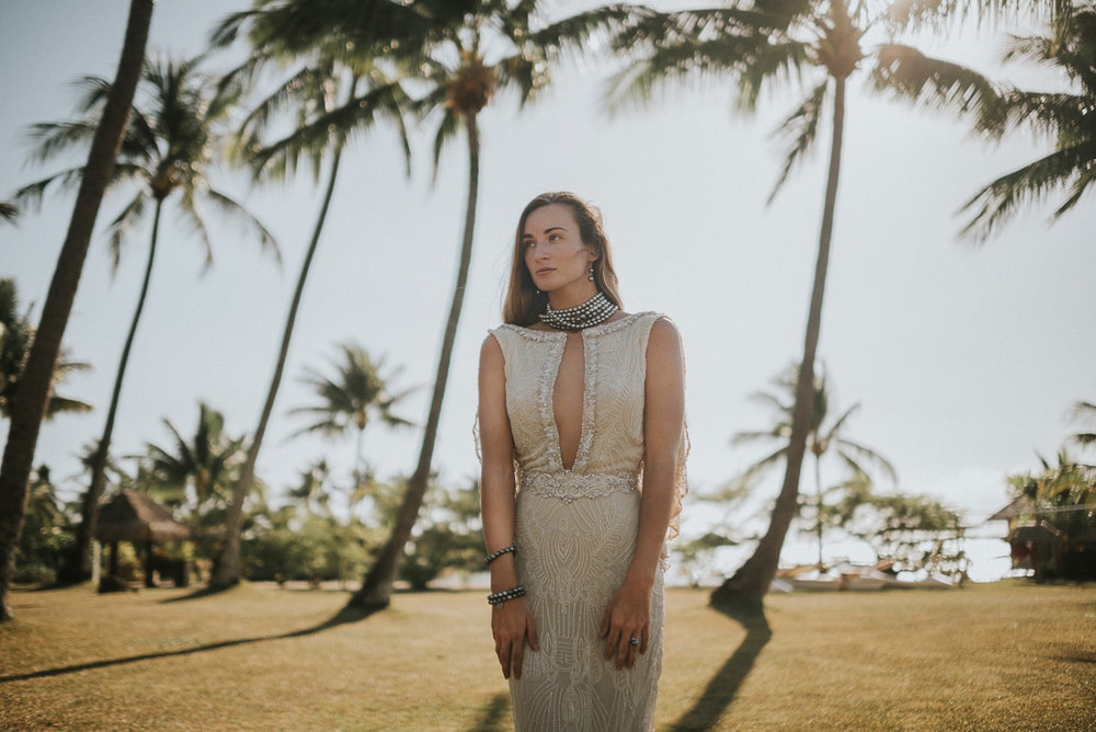 stylized bridal photography at sofitel tahiti. dress by galia lahav, jewelry by robert wan, and modeling by charlotte durgeat