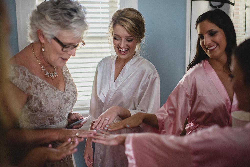 bridal party, paris yates chapel at ole miss