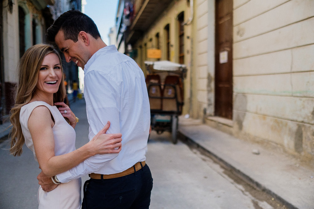 Havana_Cuba_Engagement_Photography_23.jpg