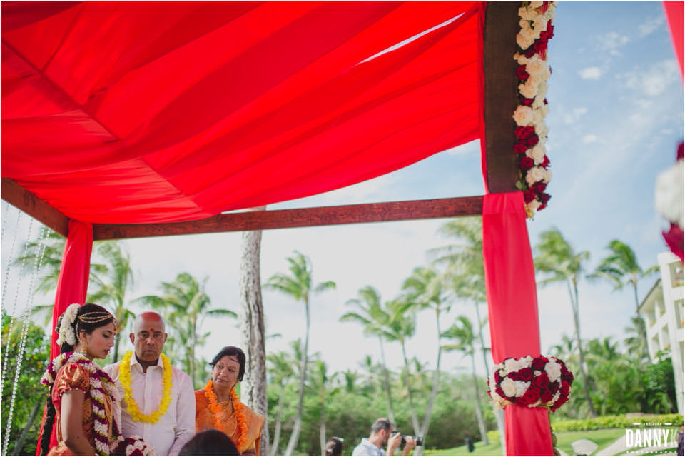 073_Hawaii_Indian_Destination_Wedding_ceremony_marriott_ihilani_ko_olina.jpg