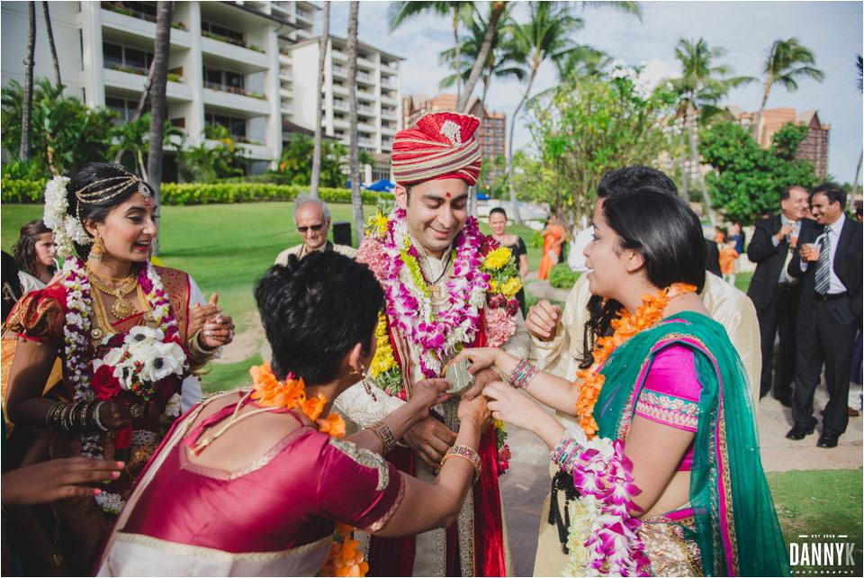 089_Hawaii_Indian_Destination_Wedding_ceremony_jutti_chupai_shoe_game.jpg