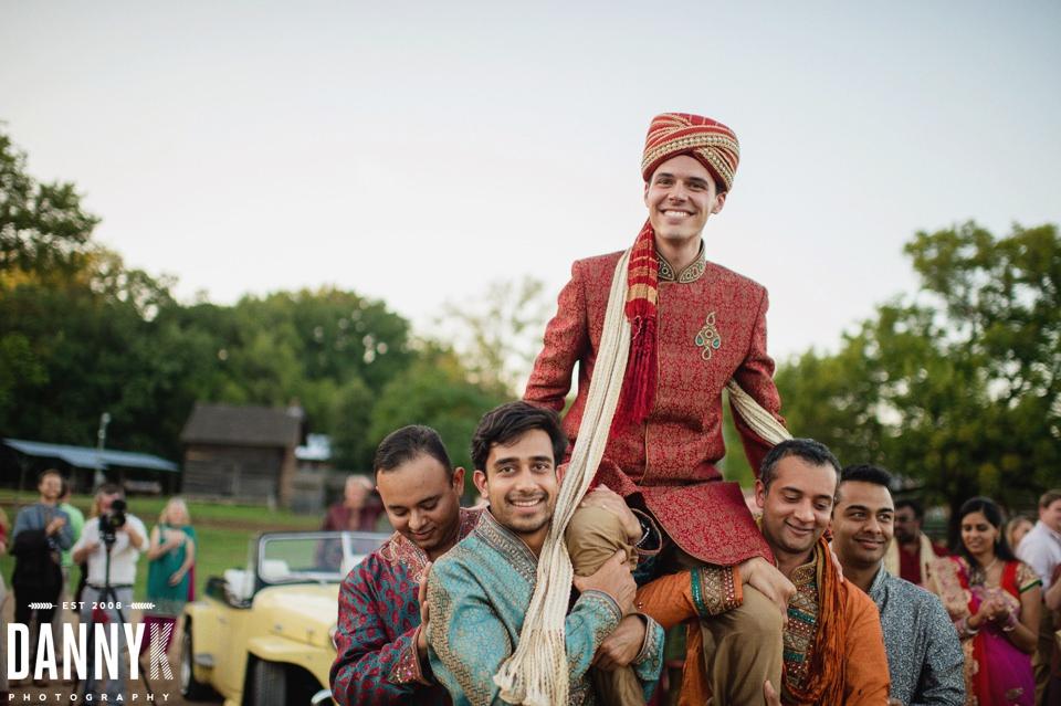 Indian_Garba_Mississippi_Wedding_Photographer_30.jpg