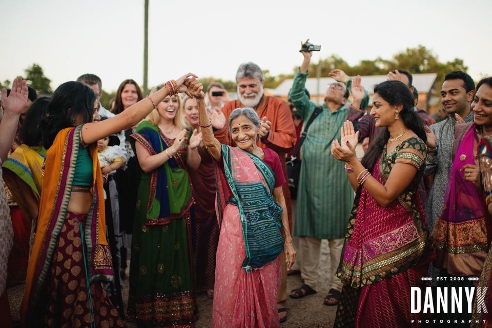 Indian_Garba_Mississippi_Wedding_Photographer_31.jpg