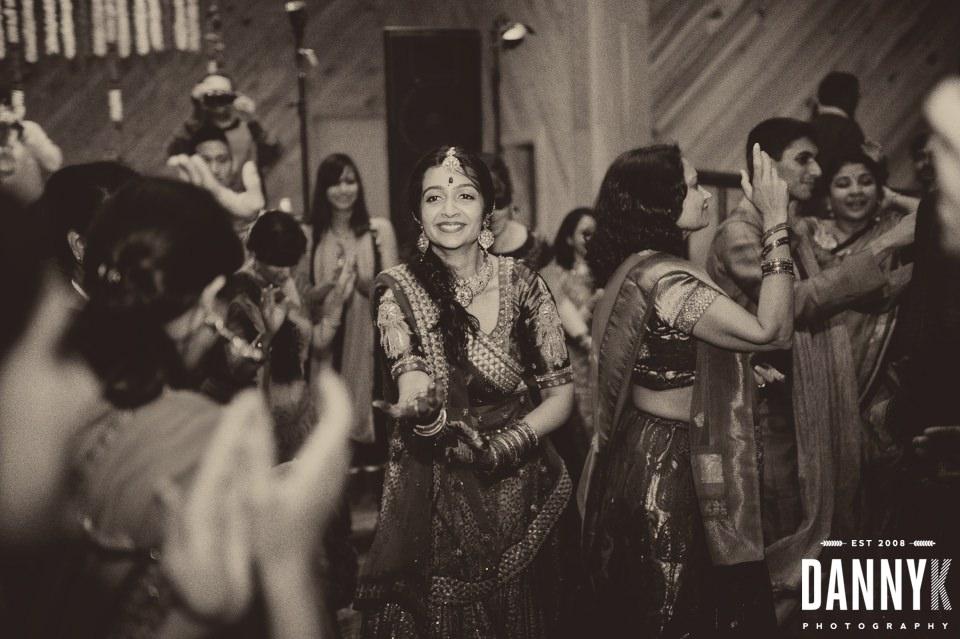 Indian_Garba_Mississippi_Wedding_Photographer_57.jpg
