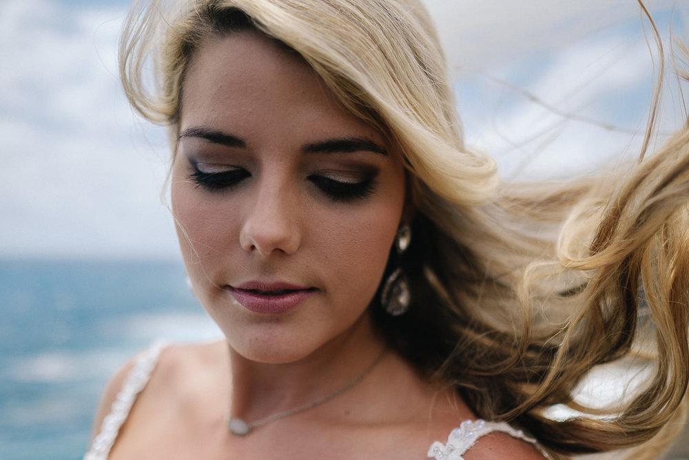 Honolulu_Hawaii_Elopement_Wedding_18.jpg