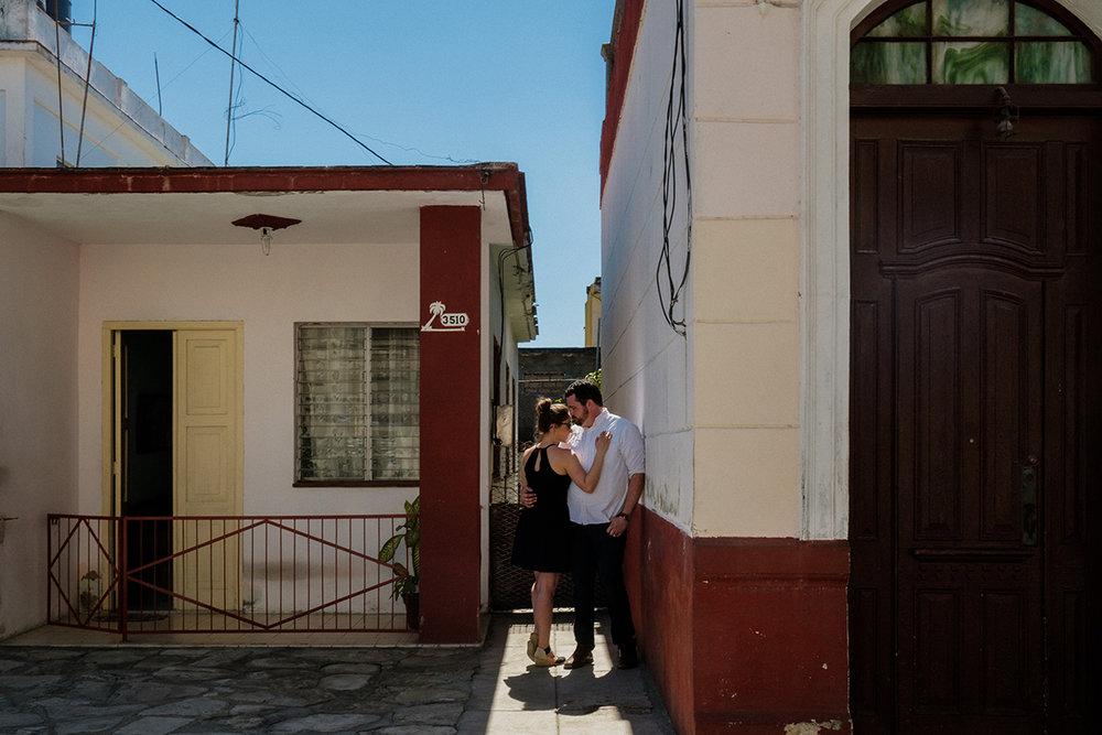10_Cienfuegos_Cuba_Engagement_photographer.JPG