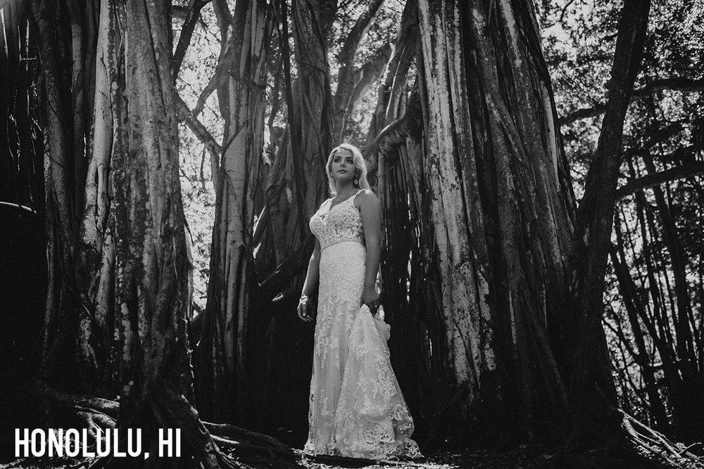 150_honolulu_hawaii_destination_wedding_photographer copy.jpg